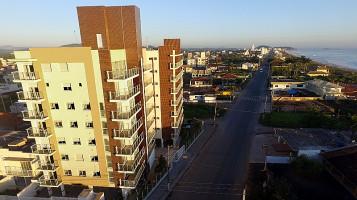3576876 - Apartamento em Balneário Piçarras no bairro Itacolomi