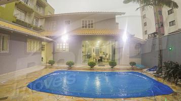 3576994 - Casa em Balneário Piçarras no bairro Centro