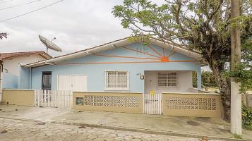 3577356 - Casa em Balneário Piçarras no bairro Centro